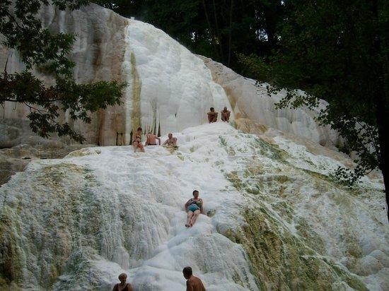 Associazione culturale castiglionese umberto foschi - Terme di bagni san filippo ...