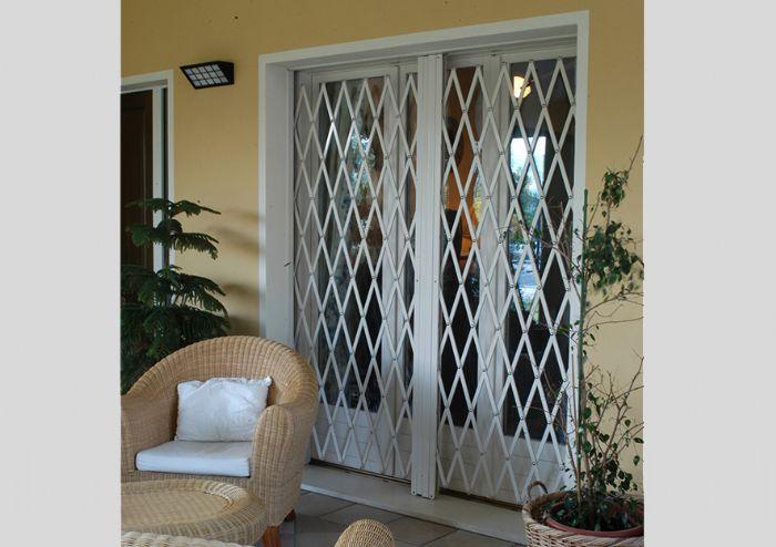 Inferriate estensibili impacchettabili forli cesena - Inferriate estensibili per finestre ...