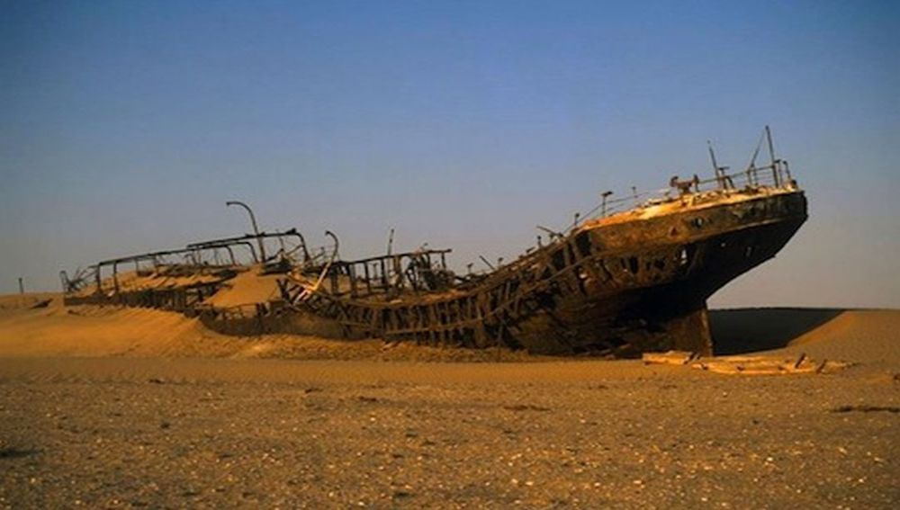 Skeleton Coast 2.jpg