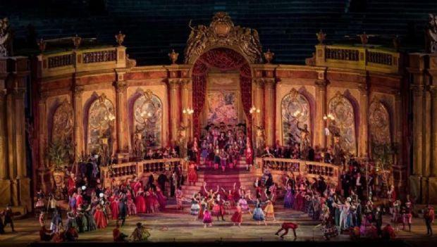 traviata01.jpg