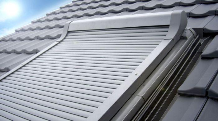 Rivenditore lucernari e assistenza velux a ravenna for Velux finestre assistenza